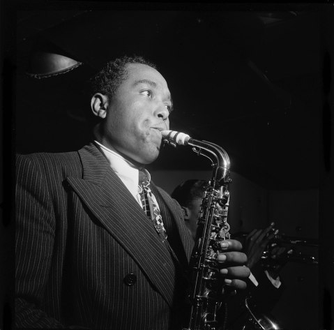 1200px-Portrait_of_Charlie_Parker_in_1947.jpg